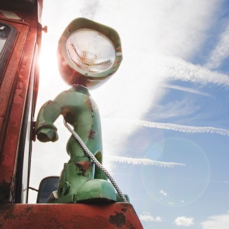 tractor_lampster_sun-333x333
